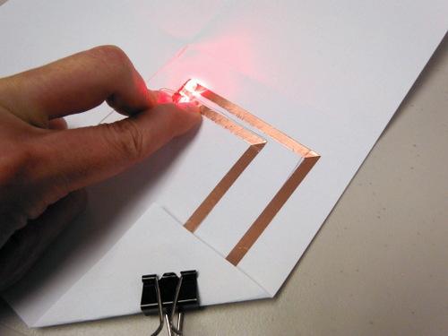 Parallel paper circuit